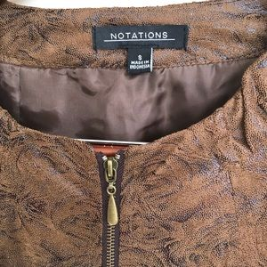 Notations Jackets & Coats - The jacket is lightweight, confortable and nice.